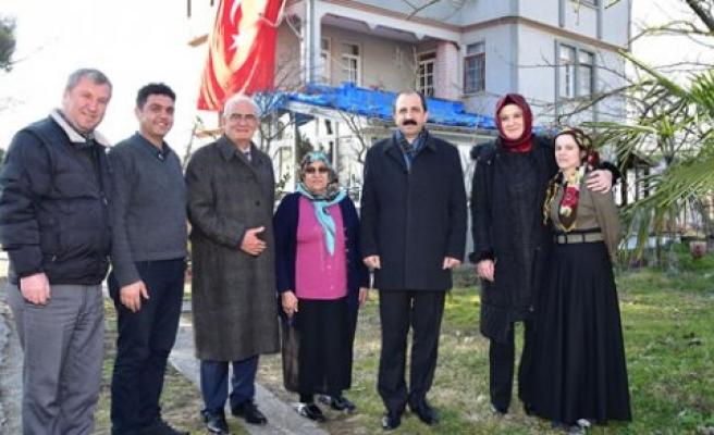 Başkan Yılmaz'dan şehit ailelerine ziyaret