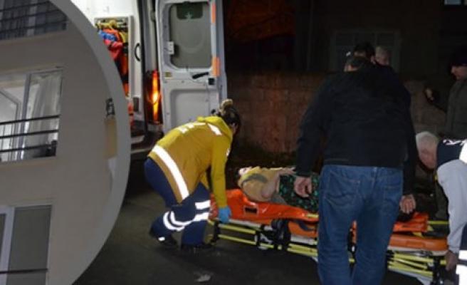 Hasta kadını itfaiye ekipleri kurtardı