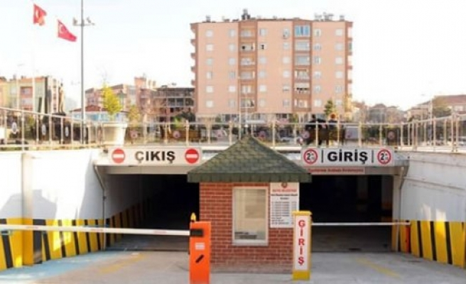 Kent Meydanı Otoparkı Polis Hizmetleri Derneği'ne Kiralandı