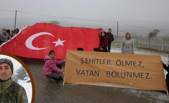 Şehit Uzman Çavuş Salih Kayan, Memleketi Samsun'un Ladik İlçesinde Son Yolculuğuna Uğurlandı