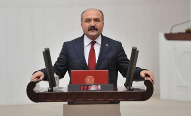 Türkiye'nin en büyük sorunu Adalet ve Kalkınma Partisinin yönetim tarzıdır