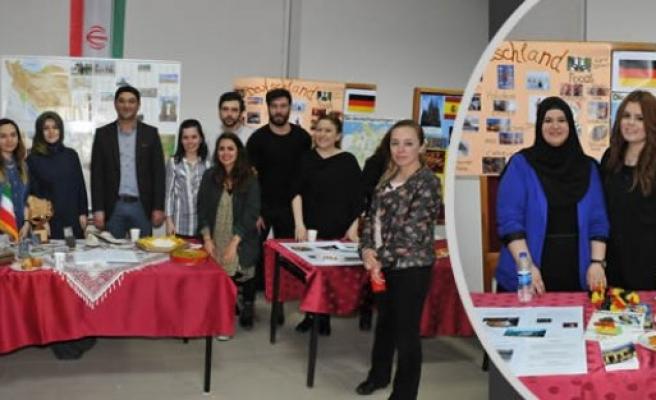 """Yabancı Diller Yüksekokulunda """"Intercultural Day"""" Etkinliği"""