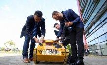 Üniversite öğrencileri elektromanyetik fırlatıcılı mini tank yaptı