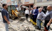 AK Parti Genel Başkanvekili Kurtulmuş, Bozkurt'ta selden etkilenen bölgelerde incelemelerde bulundu:
