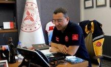 Trabzon'da Kovid-19 aşısı olmak istemeyen vatandaşı İl Sağlık Müdürü ikna etti