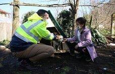 Ordu'da 9 yaşındaki kızın sırtında taşıyıp veterinere götürdüğü köpeğine kulübe ve mama desteği