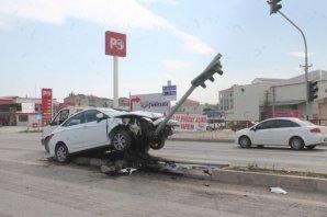 Samsun Sinop Yolunda Kaza 3 yaralı
