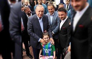 Cumhurbaşkanı Erdoğan Güneysu'da