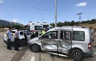 Karabük'te trafik kazaları: 6'sı çocuk 15 yaralı