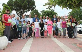 Taşova Gençlik Merkezinden çevre temizliği
