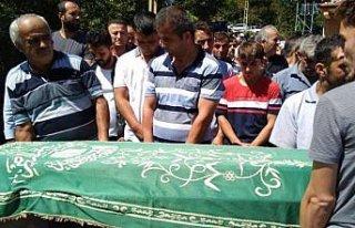 Trafik kazasında ölen baba ve oğlunun cenazeleri...