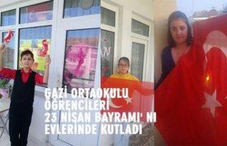 GAZİ ORTAOKULU ÖĞRENCİLERİ 23 NİSAN BAYRAMI'...