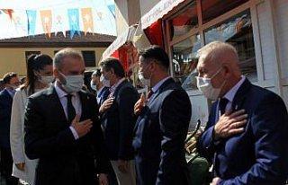 AK Parti'li Kandemir ve Karaaslan, Vezirköprü kongresine...