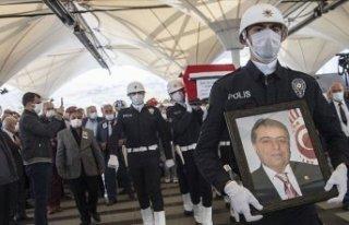 Eski Sağlık Bakanı Osman Durmuş son yolculuğuna...