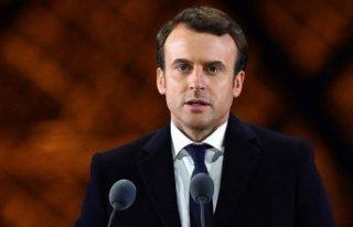 Fransa Cumhurbaşkanı Macron'un Kovid-19 testi...