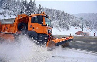 Zigana Dağı Geçidi'nde kar etkili oldu