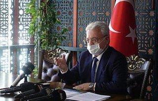 AÇÜ Rektörü Prof. Dr. Bilgin gazetecilerle bir...