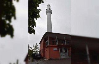 Ordu'da yıldırım isabet eden minare hasar gördü