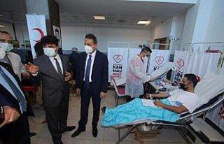 Sinop'ta Türk Kızılay kan bağışı kampanyası...