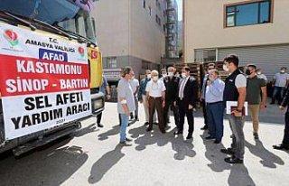 Amasya'dan selin etkilediği Sinop'a 1 tır içme...