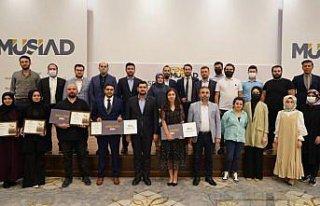 Ayasofya Kurmaca Hikaye Yarışması'nın kazananları...