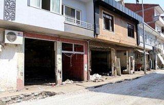 Bozkurt'ta iş yeri zarar gören esnaf için konteyner...