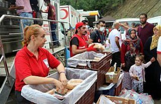 Bozkurt'ta sel anında yaşadıklarını anlatan vatandaşlardan...