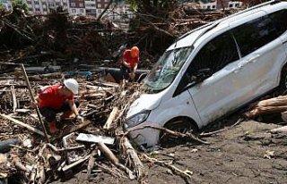 Sel felaketinin yaşandığı Kastamonu Bozkurt'ta...