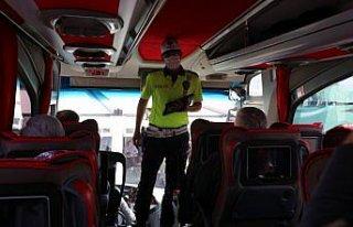Bolu Şehirlerarası Otobüs Terminali'nde şoför...