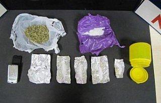 Düzce'de uyuşturucu operasyonlarında yakalanan...