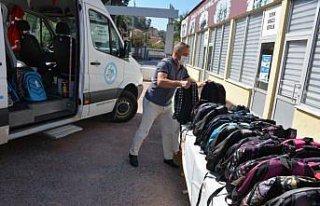 Ereğli'de ihtiyaç sahibi 600 öğrenciye kırtasiye...