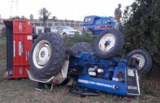 Havza'da devrilen traktörün altında kalan...