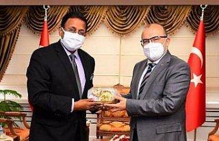 Hindistan'ın Ankara Büyükelçisi Panda, Trabzon'da...