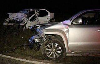 Karabük'te trafik kazasında 2 kişi öldü, 6 kişi...