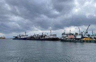 Karadenizli balıkçılar kötü hava koşulları...