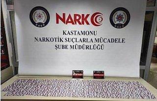 Kastamonu'da uyuşturucu operasyonunda yakalanan 3...