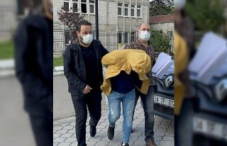 Samsun'da kar maskesiyle silahlı soygun yaptığı...
