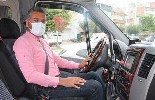 Servis şoförü, satın aldığı minibüste bulduğu...