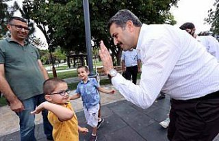 Tokat Belediye Başkanı Eroğlu ikizlerin