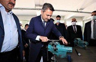 Tokat Belediye Başkanı Eyüp Eroğlu Mesleki ve...