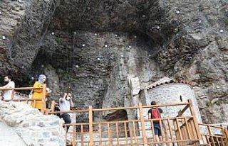 Trabzon'u ziyaret eden turist sayısı 8 ayda yüzde...