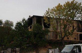 Kastamonu'da yangın çıkan mobilya fabrikasında...