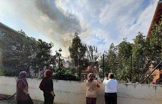Sinop'ta yaşlı çifti yangından komşuları kurtardı