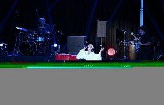 Zuhal Olcay Edirne'de konser verdi