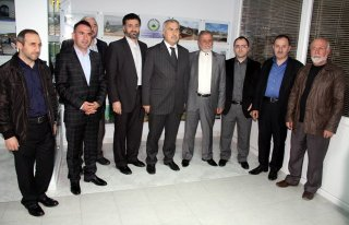 Milletvekili Demir Ahsen Vakfı'nı ziyaret etti
