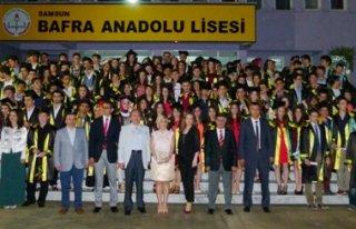 Bafra Anadolu Lisesi 150 Mezun Verdi