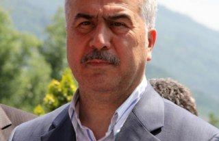 Demir'den Sami Selçuk'a eleştiri