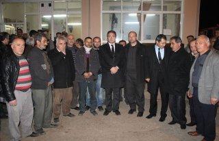MHP Çetinkaya Beldesine çıkarma yaptı