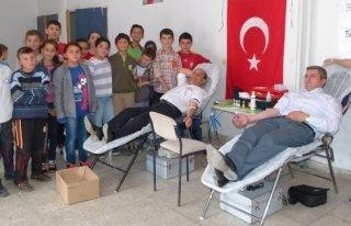 Mustafa Kemal İlk-Ortaokulunda Kan Bağışı Kampanyası...