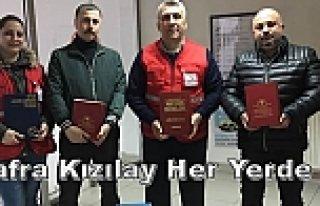 Bafra Kızılay'da Eğitime Tam Destek